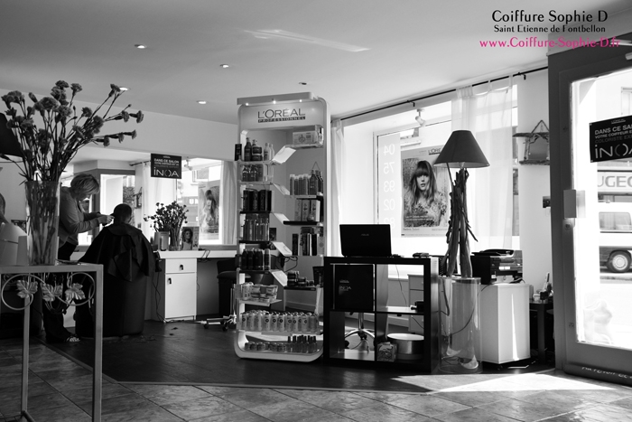 http://www.coiffure-sophie-d.fr/upload/images/accueil/photo-salon-sophie-d2.jpg